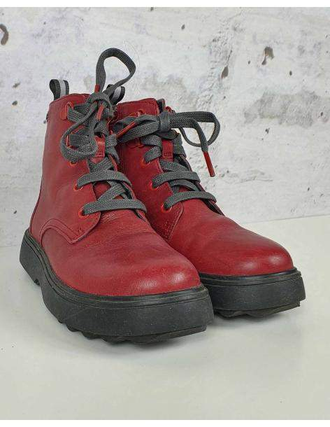 Red hiking boots Camper pre-owned