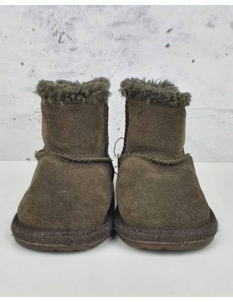 Brown boots EMU pre-owned
